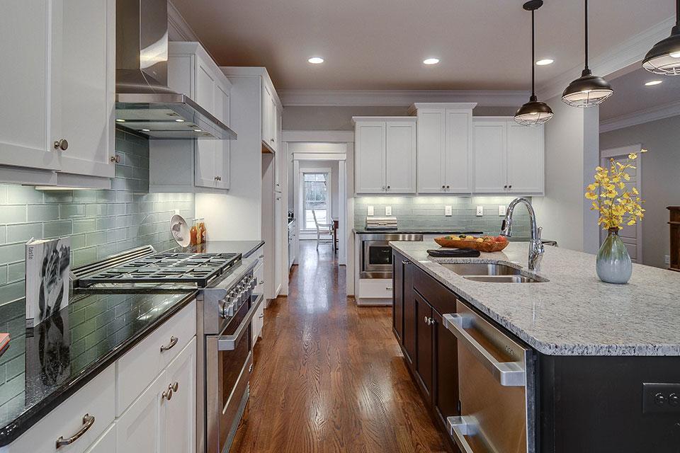 Bon Woodmont Cabinetry Kitchen
