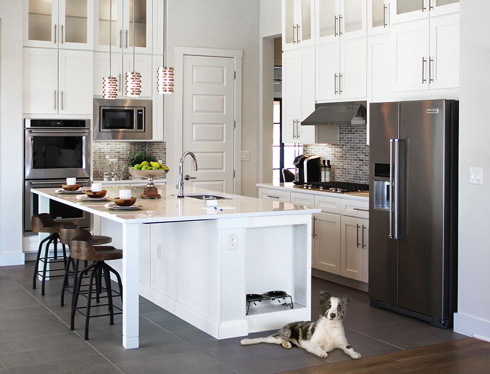 make a statement with an all-white Woodmont Cabinetry kitchen